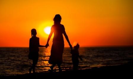 Kasih Ibu Tak Batas Waktu